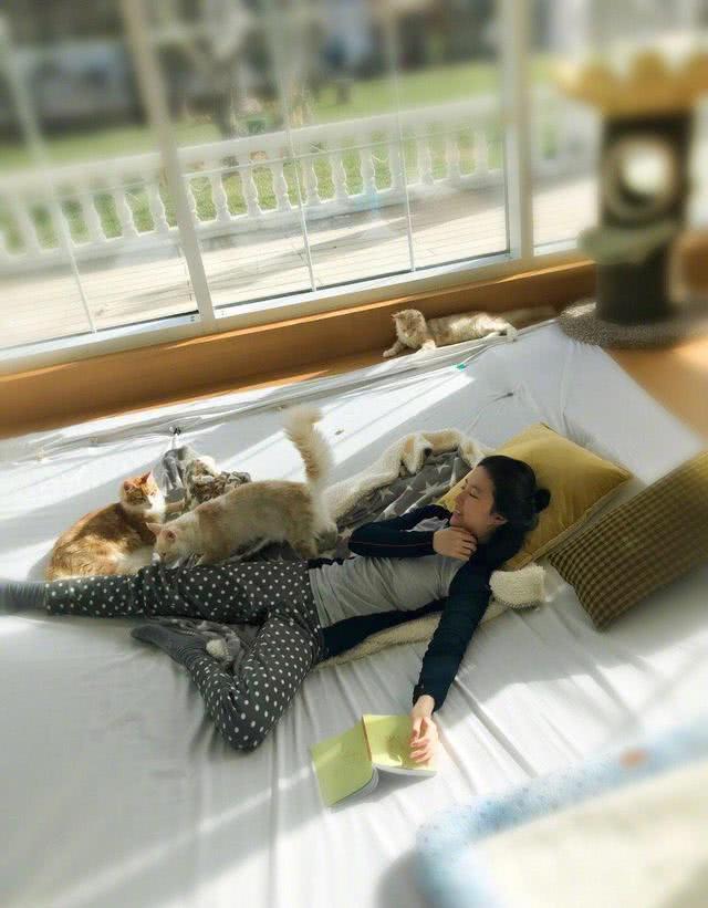 32岁刘亦菲生活居家照曝光,网友直呼太清纯,古装的刘亦菲更美